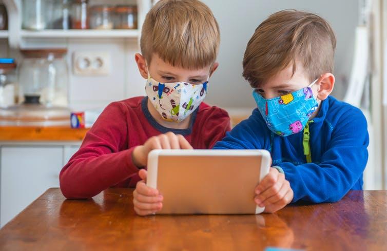 Дети чаще всего являются бессимптомными носителями коронавируса