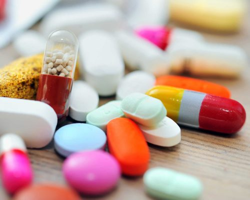 Національний перелік основних лікарських засобів запрацює, але на два місяці пізніше